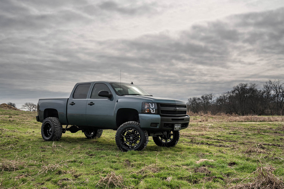 127 2009 Chevrolet Silverado 1500 Stealth Gray Metallic